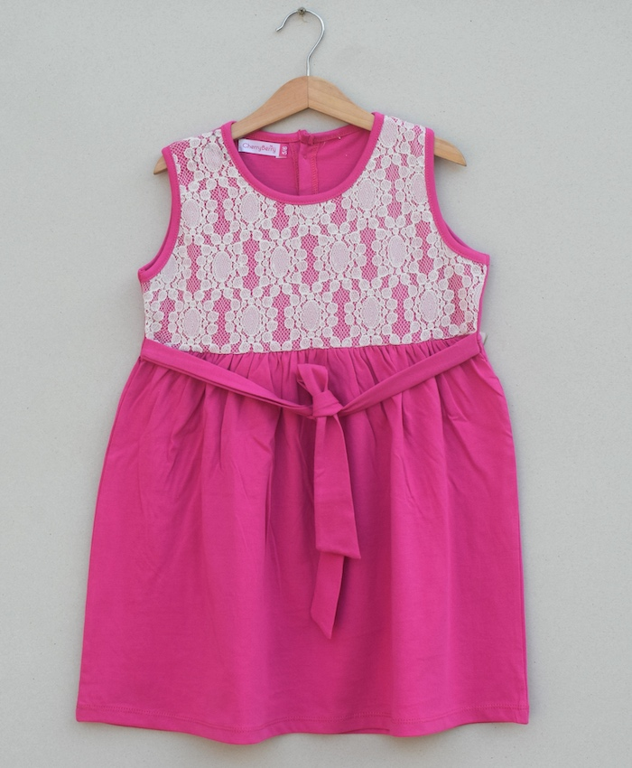 Girls knitted Frock (S19G82)