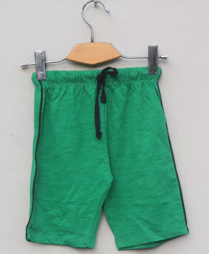 Dark green short